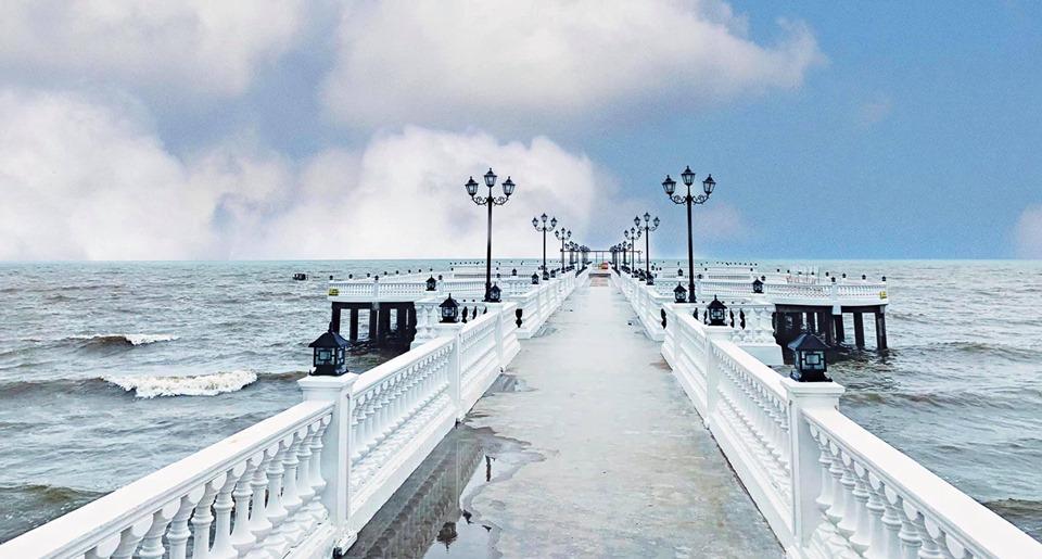 """Bãi biển mới check-in cứ ngỡ """"Bờ Tây nước Mỹ"""" soán ngôi Bãi Đông ở Thanh Hoá"""