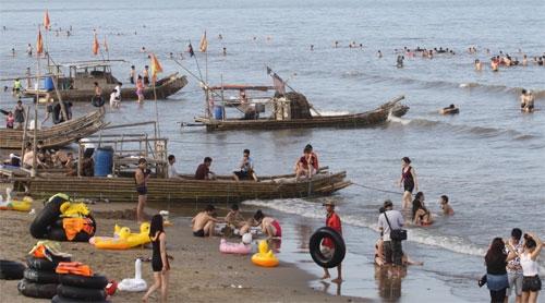 Khu du lịch sinh thái biển Hải Tiến điểm đến hấp dẫn của nhiều du khách
